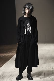 Yohji Yamamoto POUR HOMME 2022SS パリコレクション 画像11/28
