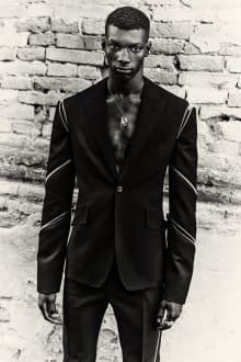 Alexander McQueen -Men's- 2022SSコレクション 画像1/14