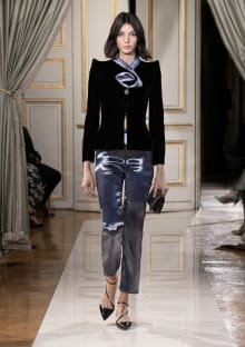 GIORGIO ARMANI PRIVÉ 2021AW Coutureコレクション 画像1/68