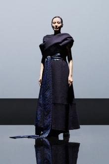 YUIMA NAKAZATO 2021AW Coutureコレクション 画像12/28