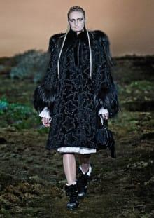 Alexander McQueen 2014-15AW パリコレクション 画像1/33