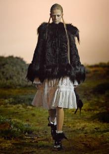 Alexander McQueen 2014-15AW パリコレクション 画像2/33