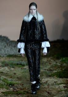 Alexander McQueen 2014-15AW パリコレクション 画像5/33