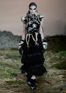 Alexander McQueen 2014-15AW パリコレクション 画像19/33