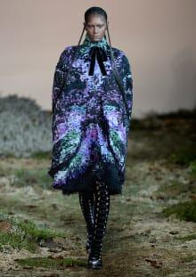 Alexander McQueen 2014-15AW パリコレクション 画像23/33