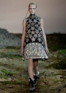Alexander McQueen 2014-15AW パリコレクション 画像26/33