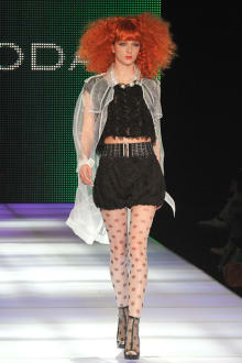 EMODA 2011SSコレクション 画像4/16