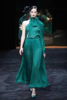 GUCCI & Ai Tominaga Presents チャリティファッションショー 2011-12AWコレクション 画像2/34