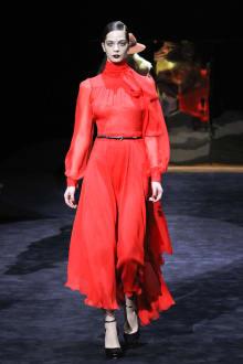 GUCCI & Ai Tominaga Presents チャリティファッションショー 2011-12AWコレクション 画像16/34