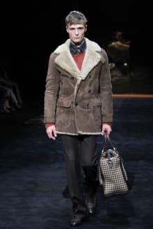 GUCCI & Ai Tominaga Presents チャリティファッションショー 2011-12AWコレクション 画像22/34