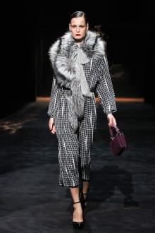 GUCCI & Ai Tominaga Presents チャリティファッションショー 2011-12AWコレクション 画像26/34
