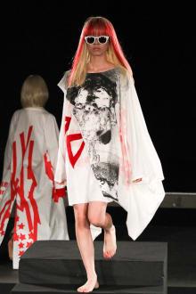 MIKIO SAKABE × Chim↑Pom 2011SSコレクション 画像26/33