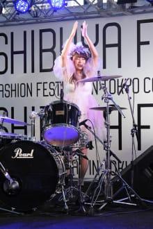 MIKIO SAKABE 2013SS 東京コレクション 画像2/35