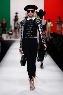 MOSCHINO 30周年回顧ファッションショー 2014SS Pre-Collectionコレクション 画像11/33