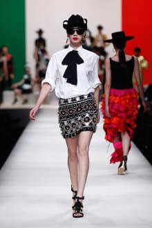MOSCHINO 30周年回顧ファッションショー 2014SS Pre-Collectionコレクション 画像13/33