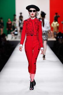 MOSCHINO 30周年回顧ファッションショー 2014SS Pre-Collectionコレクション 画像14/33