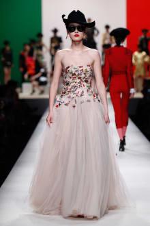 MOSCHINO 30周年回顧ファッションショー 2014SS Pre-Collectionコレクション 画像15/33