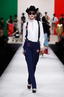 MOSCHINO 30周年回顧ファッションショー 2014SS Pre-Collectionコレクション 画像17/33
