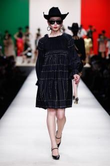 MOSCHINO 30周年回顧ファッションショー 2014SS Pre-Collectionコレクション 画像23/33