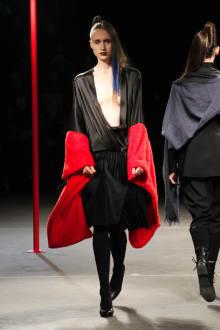 Yohji Yamamoto 2012-13AWコレクション 画像17/48