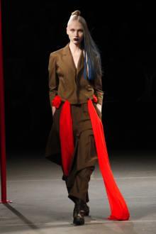 Yohji Yamamoto 2012-13AWコレクション 画像27/48