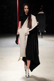 Yohji Yamamoto 2012-13AWコレクション 画像32/48