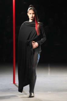 Yohji Yamamoto 2012-13AWコレクション 画像39/48