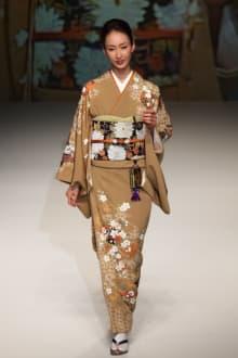 YUKIKO HANAI 2012SSコレクション 画像2/53