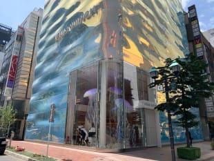 3月にオープンした「ルイ・ヴィトン」銀座並木通り店(PHOTO:SEVENTIE TWO)