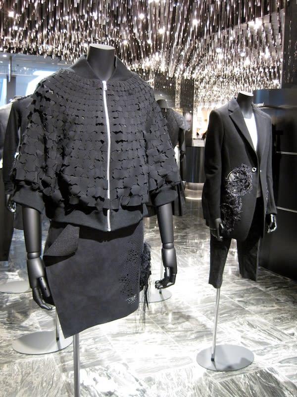 noir kei ninomiyaのコレクション Image by コム デ ギャルソン