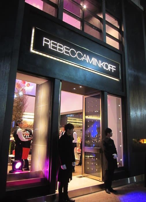 REBECCA MINKOFF 銀座店 Image by FASHIONSNAP