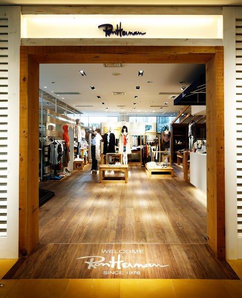 2009年8月にオープンした千駄ヶ谷店