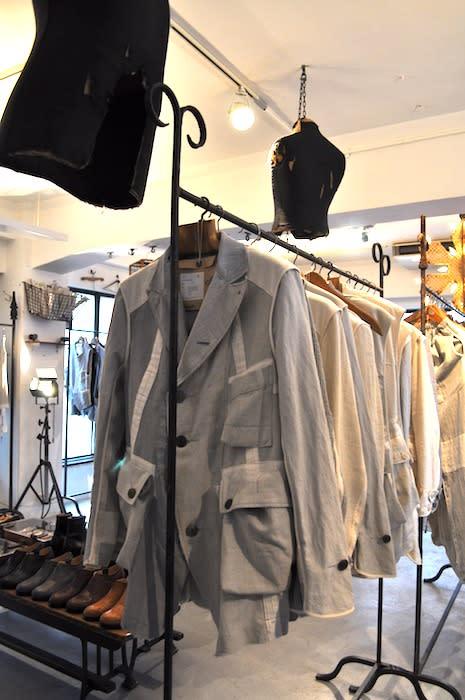 TAKAHIROMIYASHITATheSoloIst. #0003.2011 spring collection Image by FASHIONSNAP