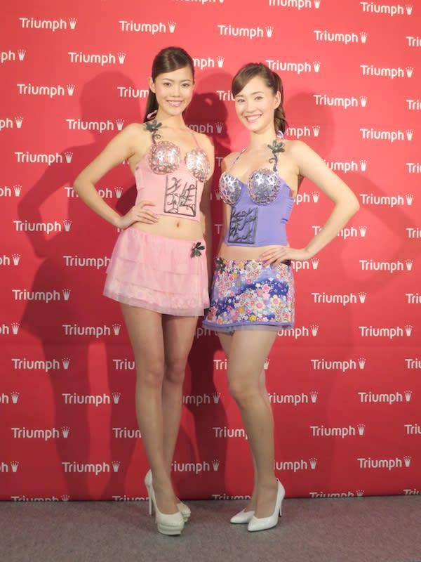 「女性維新ブラ」を着用した2013年トリンプ・イメージガール Image by FASHIONSNAP