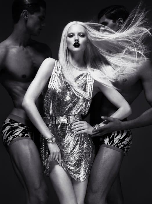 VERSACE for H&M Campaign Image/ MERT ALAS & MARCUS PIGGOTT Image by H&M