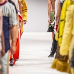 移り変わるファッション ──年代別の流行を追う