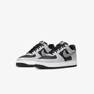 AIR FORCE 1 黒蛇