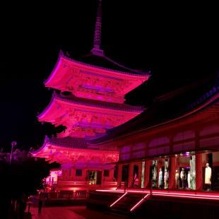京都 清水寺で開催されたグッチのエキシビション