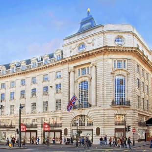 ファーストリテイリング ロンドン ユニクロ セオリー 新店舗