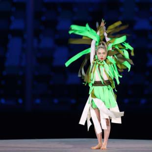アオイヤマダ 東京オリンピック 閉会式